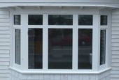 1-1-2 Fixed Window Baywindow weatherboard house