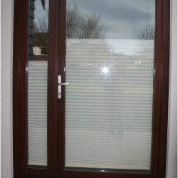 1-2-4 Side Entrance door, fixed sidelight, lockable outside plaster