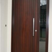 1-2-4 Front Entrance door ouside 1 sidelight